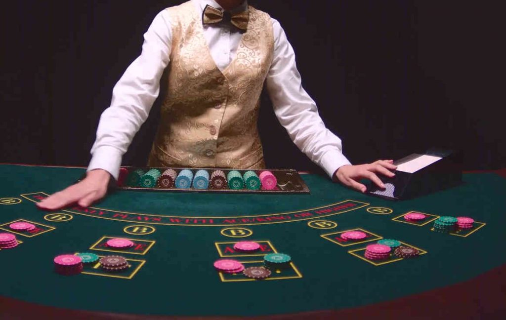 OLG bermain poker online