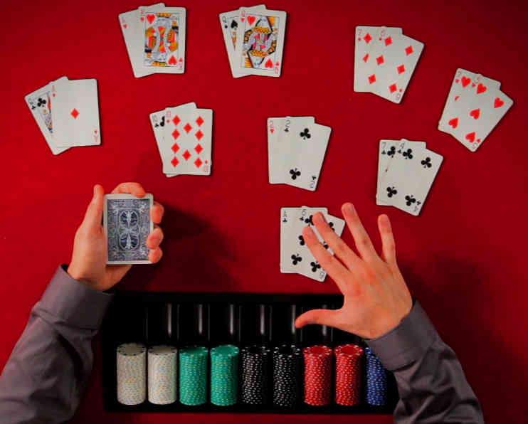 peringkat poker lurus